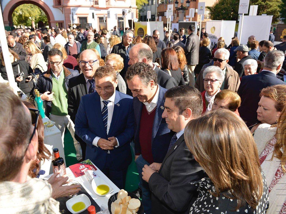 20161112_fiesta_aceite_primer_aceite_-recorrido_feria3